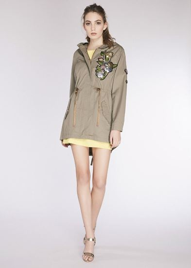 Immagine di Parka donna in gabardina con patch Gaudi art.811FD35018